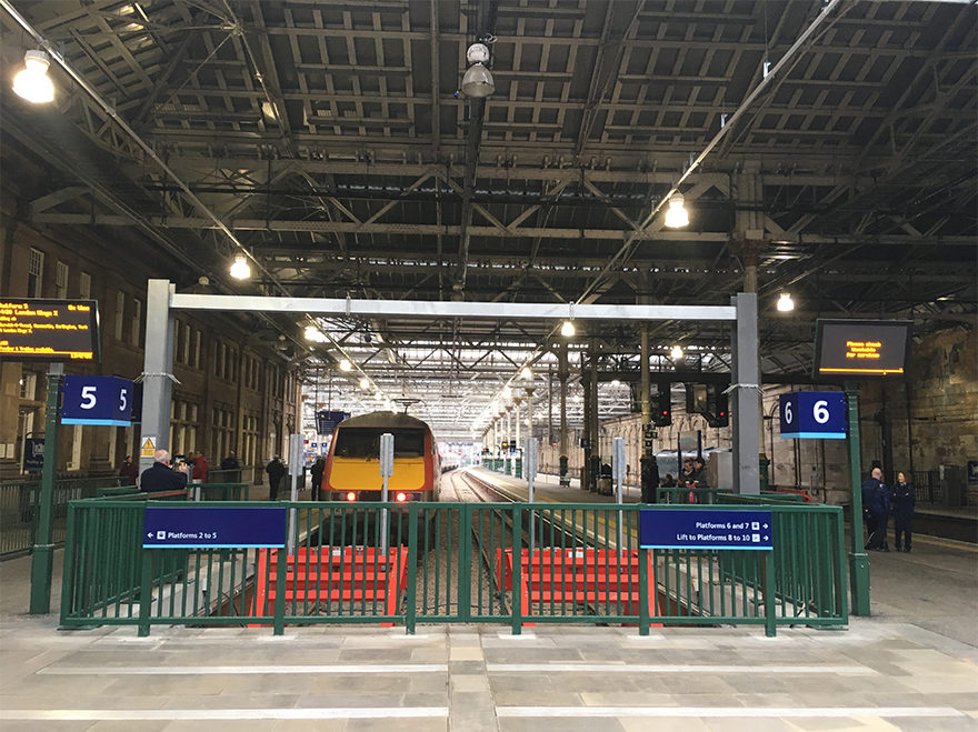 Story deliver new platforms for Edinburgh Waverley