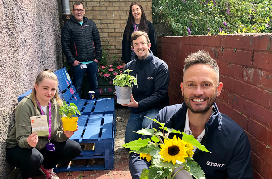 Story Scotland's support blooms for charity
